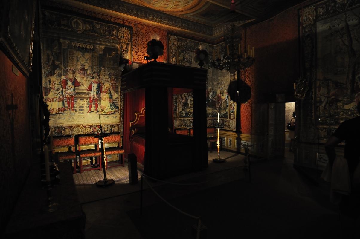 Chambre de Nicolas Fouquet, avec la déco d'origine...de nombreuses tapisseries
